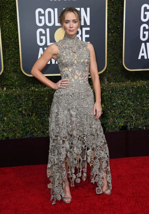 Check out this Golden Globes fashion look! #GoldenGlobesfashion #GoldenGlobes #awardsshow #celebritystyle